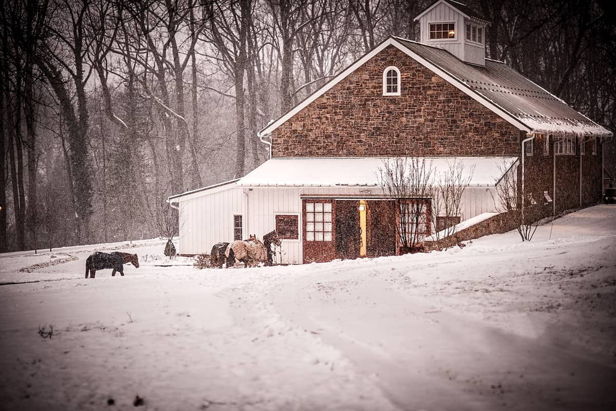 Care for your horse barn in the winter