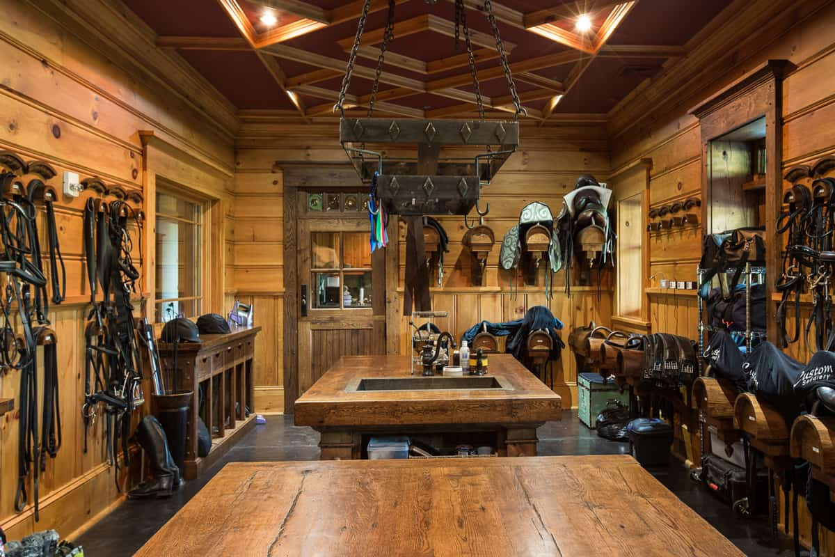 tack room for an equine facility